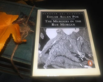Vintage (1995) paperback mini book Edgar Allan Poe Murders in the Rue Morgue. Penguin 60s Classics. Complete.