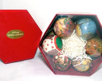 Set of twelve vintage JC Penney Paper Mache | Paper Ball Christmas tree ornaments | baubles. Unused in original box. Teddy Bears Christmas.