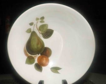 Vintage (1960s) Johnson Brothers JB395 cereal bowl. Green pears, golden plums.