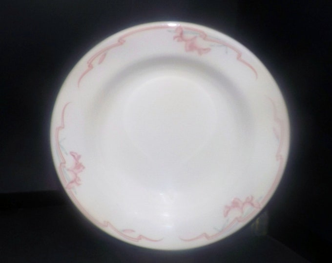 Mid-century Homer Laughlin Melody rimmed soup bowl. Best China Restaurantware made in USA. Sold individually.