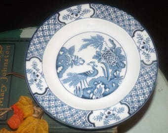 Antique (1916) Wood & Sons Yuan pattern blue-and-white Chinoiserie | Oriental motif bread-and-butter | dessert plate. Bird, landscape.