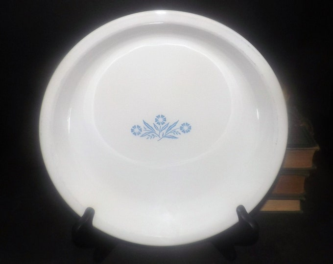 Vintage (1970s) Corning | Corningware Blue Cornflower P-309-B pie plate.  Blue flower in center. Made in Canada.
