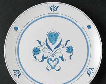 Vintage (1960) Noritake Progression Line Blue Haven 9004 large dinner plate | charger. Blue-and-white design made in Japan.