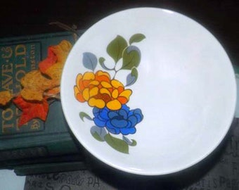 Vintage (1970s) Ridgway Majorca retro flower-power cereal bowl made in England. Sold individually.