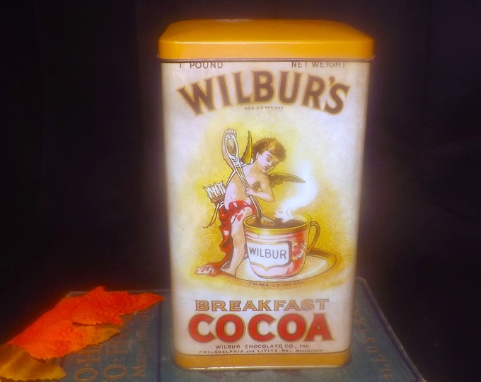 Vintage (1970s) Dahers Wilbur's Breakfast Cocoa tin made in England.