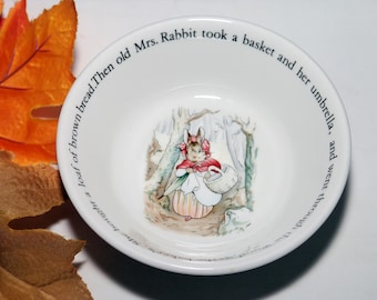 Vintage (1974) Wedgwood Peter Rabbit child's cereal, oatmeal or porridge bowl. Mrs. Rabbit with basket to bakers.