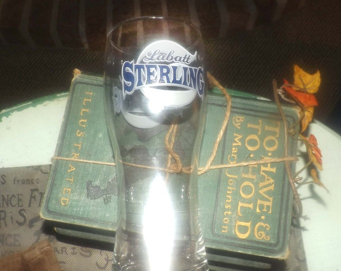Vintage (early to mid 1990s) Labatt Sterling | Labatt Breweries Canadian tapered pilsner beer pint glass. Etched-glass branding.