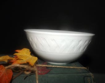 Vintage Martha Stewart French Cupboard White all-white cereal, soup, or salad bowl.  Embossed basket weave. Exclusive to Macys.