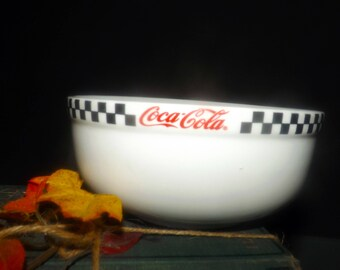 Vintage (c.1996) RARE! Gibsons Coca-Cola Race Day pattern vegetable serving bowl. Red Coca-Cola logo, black-and-white checkered border band.
