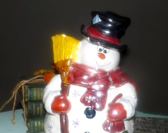 Vintage Billy Blizzard large snowman cookie jar made by Westwood.  Luster finish.