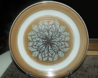 Vintage (1970s) Franciscan Nut Tree stoneware salad or side plate made in England. Sold individually.