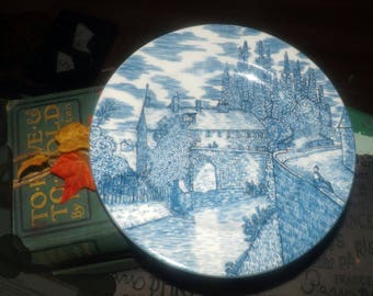 Vintage American Atelier Blue Toile 5217 salad | side plate. Blue-and-white Chinoiserie | Oriental landscape scene.