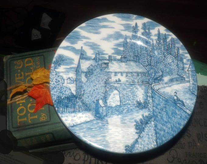 Vintage American Atelier Blue Toile 5217 salad   side plate. Blue-and-white Chinoiserie   Oriental landscape scene.