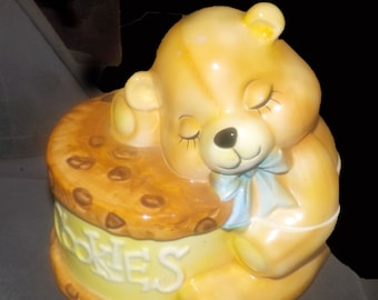 Vintage (1970s) Willitts Designs California USA theft-proof musical cookie jar. Teddy bear sleeping on a chocolate-chip cookie! Too cute!
