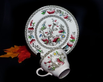 Pair of vintage (1970s) Johnson Brothers Indian Tree pieces: dessert plate and orphan cup made in England.