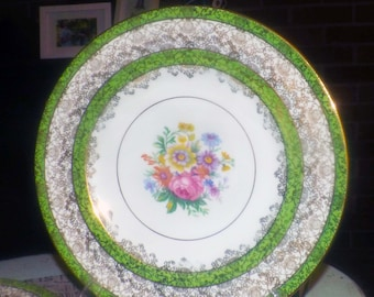 Almost antique (1920s) Cauldon China pattern 1177 hand-painted dinner plate. Center florals, green bands, abundant filigree.