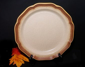 Vintage (1980s) Mikasa Whole Wheat E8000 stoneware chop plate | service plate | round platter. Vintage stoneware made in Japan.