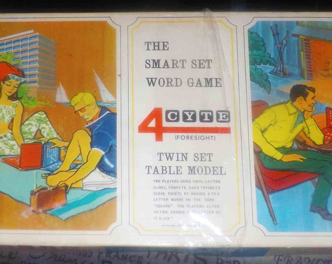 Vintage (1967) 4Cyte | Foresight The Smart Set Word Game vintage board game published by Milton Bradley. Complete.