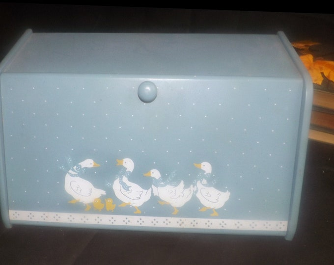 Vintage (1980s) solid wood bread box blue with white ducks with bows and yellow chicks. Made in Taiwan. Country kitchen | rustic kitchen.