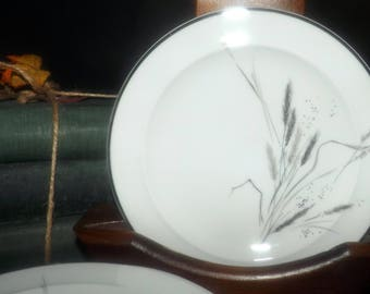 Mid-century (1950s) Easterling Germany Ceres | Kora | Ceralia bread-and-butter or tea plate. Grey wheat sheaves, platinum edge.