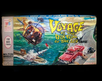 Vintage (1964) Voyage to the Bottom of the Sea board game published by Milton Bradley as game 4514. Made in USA. Almost complete (see below)