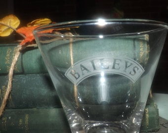 Vintage (mid 1990s) Baileys Irish Cream tulip-shaped, footed glass.  Etched-glass frosted banner and Bailey's wording, weighted base.