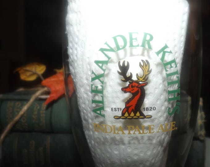 Vintage (mid 1990s) Alexander Keith's India Pale Ale pilsener   pilsner   pint glass.  Etched-glass type and logo.