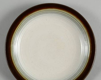 Vintage (1960s) Franciscan Chestnut pattern stoneware dinner plate. Made in England for USA Interpace.