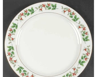 Gibson Christmas Delight | Christmas Charm chop plate | service plate | round platter. Seasonal holly and red berries.
