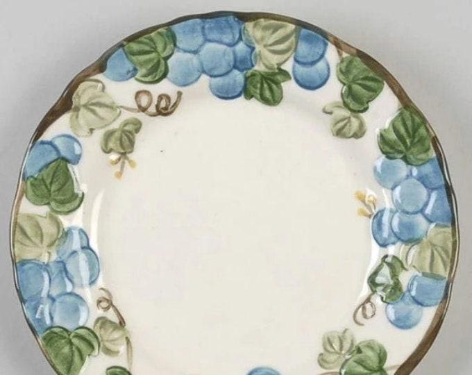 Vintage (1960s) Metlox USA Sculptured Grape salad plate. Metlox Poppytrail Vernon. Hand-painted grapes, leaves, vines. California made.
