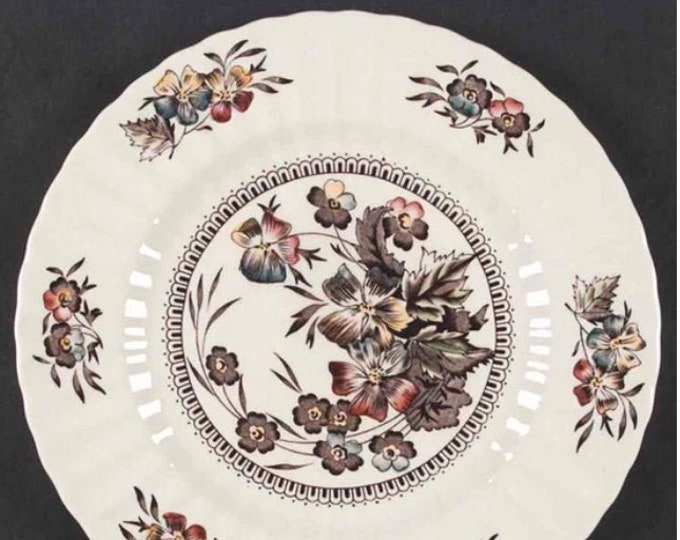 Early mid-century Wade Meadow pattern large dinner plate. Fall   Autumn florals, ribbed rim. Made in England.