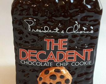 Vintage President's Choice The Decadent Chocolate Chip Cookie cookie jar. Vacuum-seal lid. Flaws (see below).