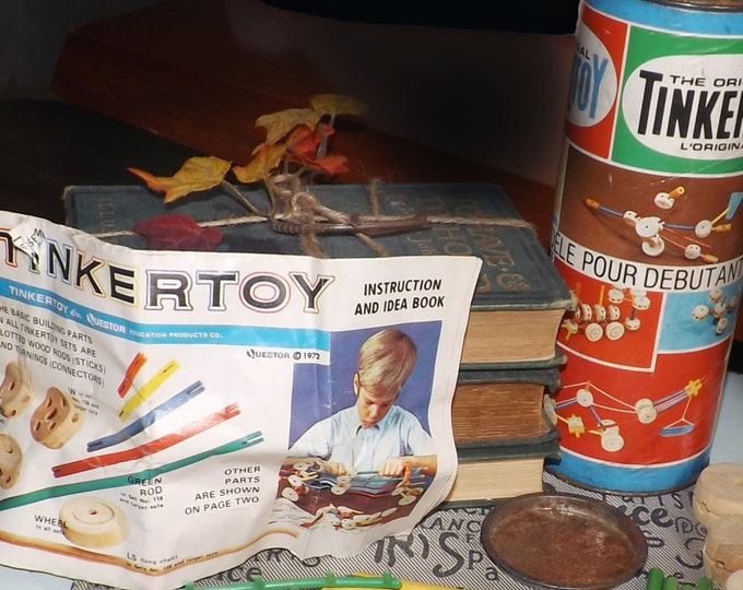 Vintage (1972) Creative | Irwin | Tinkertoy 65116 Starter Set. Original instruction booklet with building diagrams. Made in USA.