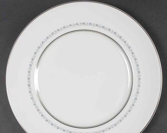 Mid-century Royal Doulton Tiara H4915 large dinner plate made in England. Sold individually.