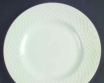 Vintage (1960s) Royal Tunstall RTL1   Wedgwood Regina bread-and-butter, dessert, or side plate. White-on-white embossed lattice.