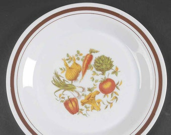 Vintage (1980s) ARP52 Arcopal France French Vegetables milk glass dinner plate. Fall vegetables, carrots, onions, artichoke, tomato