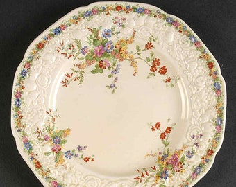 Quite vintage (1930s) Crown Ducal Chatham hand-decorated creamware salad or side plate Florentine shape. Floral sprays, embossed details.