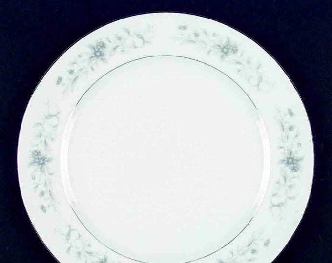 Vintage (1970s) Blue Spray pattern 1393 large dinner plate made in Japan by Crest Wood. Blue and white florals, smooth platinum edge.