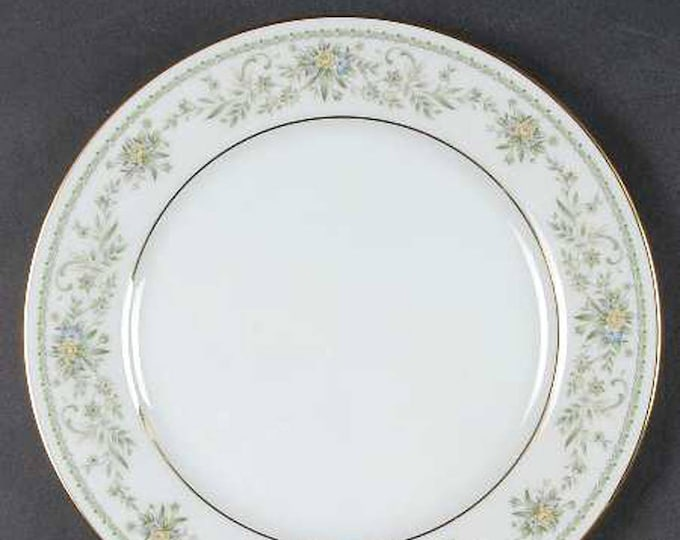 Vintage (1980s) Noritake Green Hill 2897 salad or side plate made in Japan. Sold individually.