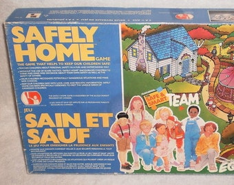 Vintage (1985) Safely Home board game published by Playtoy Industries. Complete.  Excellent vintage condition.