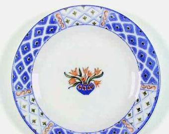Vintage (1995) Royal Doulton Marisol TC1212 salad or side plate. Central flowers in blue urn, geometric | diamond pattern border, blue rim.