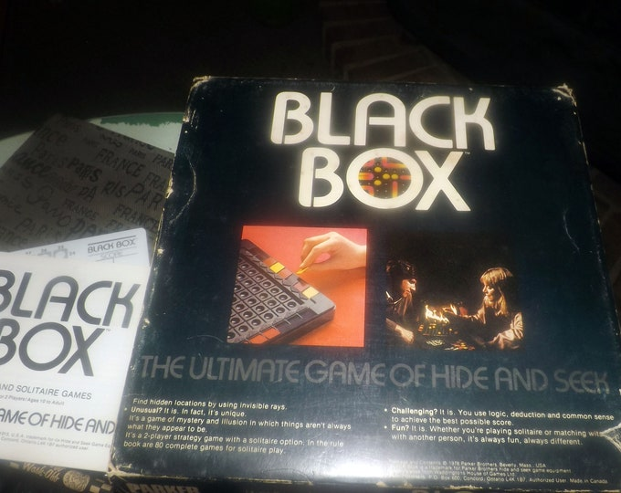 Vintage (1978) Black Box puzzle-solving board game published by Parker Brothers.  Complete.