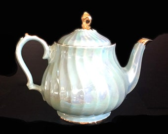 Mid-century (1950s) Sadler hand-decorated iridescent | pearl luster teapot 2746. Pink, blue, oyster luster with gold edge, accents.
