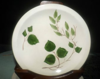 Early mid-century (1942)  Simpsons Potters Vogue salad or side plate. Hand-painted ivy, brown branches. Designed by Diana Legh.