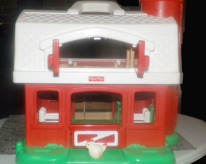 Vintage (1995) Fisher Price No. 2590 Barn | Farm play set with chicken and plastic carry handle. Made in USA.