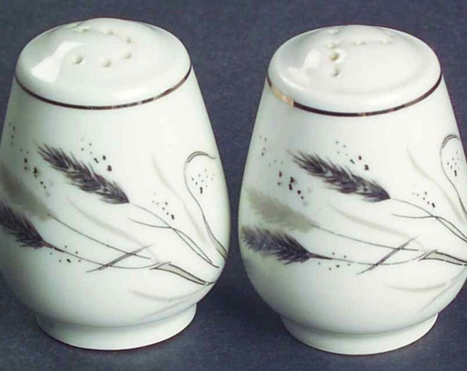 Pair of small mid-century (1950s) Easterling Germany Ceres   Kora   Ceralia salt and pepper shakers.