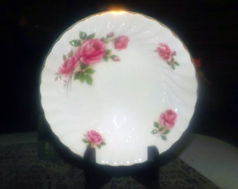 Mid-century (1950s) Johnson Brothers Enchantment vegetable | serving bowl. Pink roses, gold, edge. Snowhite Regency ironstone.