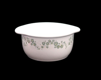 Vintage Corelle Corning Callaway lugged stoneware mixing bowl. 1.5 quarts.
