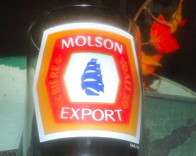 Vintage (1980s) Molson Export Canadian Beer large pint beer glass.  Etched-glass artwork.  Great man gift.