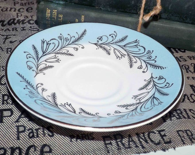 Mid-century (1950s) Washington Pottery classic Blue Riband orphaned saucer only (no cup). England.
